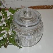 Räfflade glasburk med lock - liten